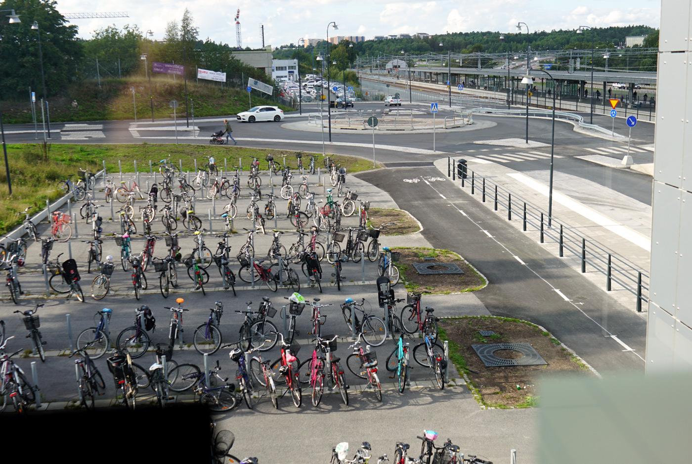 Heving & Hägglund - Byggprojekt - Barkarby Bussterminal